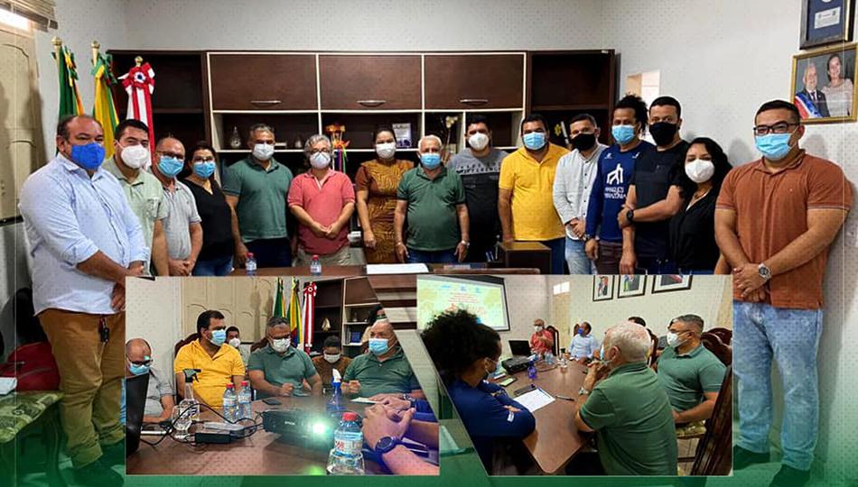 Reunião  com a Associação Sarambuí.
