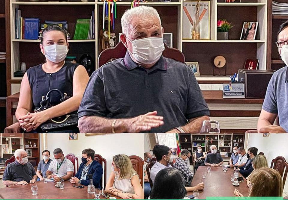 Bragança recebe visita de coordenadores da faculdade de medicina.